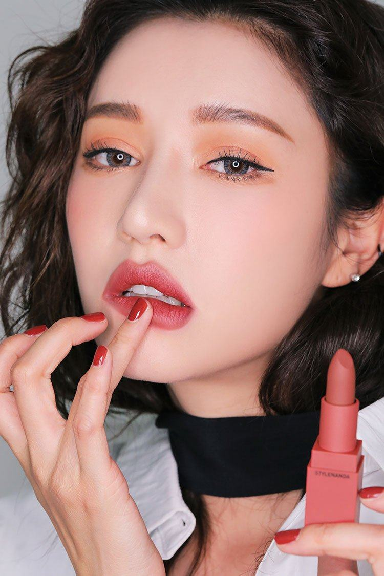 Son Thỏi 3CE Mood Recipe On & Off Lip Color #221 Mellow Flower
