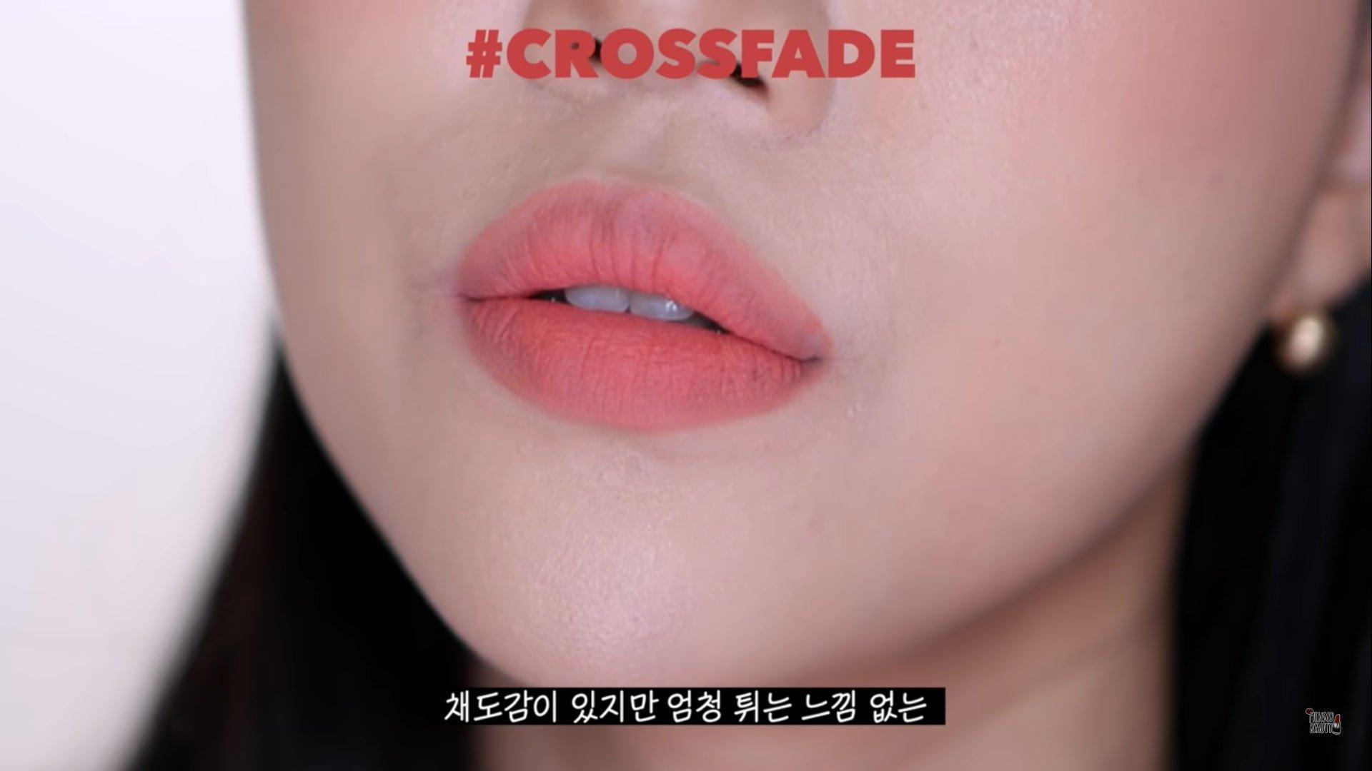 Crossfade là màu san hô tươi tắn, trẻ trung thích hợp cho các bạn nữ đang đến trường. (nguồn: Inernet)