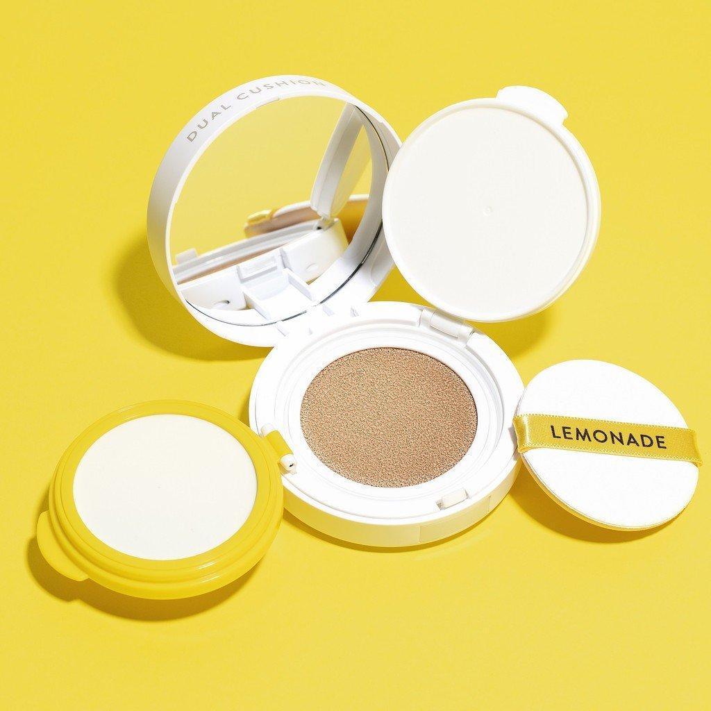 Cushion Lemonade Matte Addict Dual có thiết kế lõi kép mới lạ và đột phá. Lớp đầu tiên trong khay nhựa màu vàng là Face Filler, lớp phía dưới là Cushion (Ảnh: Internet)