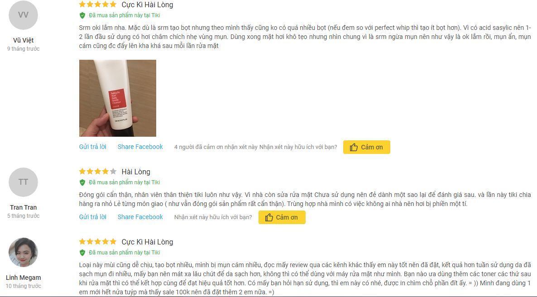 Những đánh giá tích cực và nhận được sự yêu thích, hài lòng của khách hàng đối với sản phẩm sữa rửa mặt COSRX Salicylic Acid Daily Gentle Cleanser trên trang Tiki (ảnh: internet).