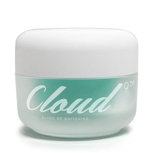 Hộp kem Cloud 9 Whitening Cream được thiết kế trên chất liệu thủy tinh, lịch sự, bắt mắt (ảnh: internet).