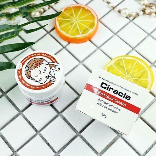 Hộp kem Ciracle Red Spot Cream dáng nhỏ nhỏ, xinh xắn, nhìn siêu dễ thương (ảnh: internet).