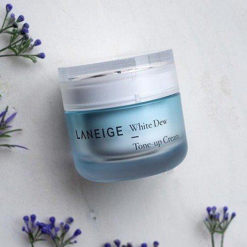 Hộp kem dưỡng trắng da Laneige White Dew Tone-up Cream có hình thức xinh xắn, đáng yêu (ảnh: internet).
