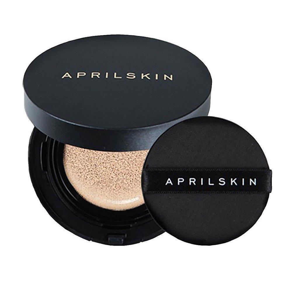 """Hộp phấn được thiết kế đơn giản với dòng chữ logo """"APRILSKIN"""" vàng nhạt nằm ở vị trí trung tâm phần nắp (ảnh: internet)."""