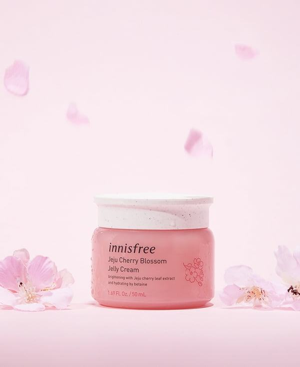 Kem Dưỡng Dạng Gel Innisfree Jeju Cherry Blossom Jelly Cream 50ml