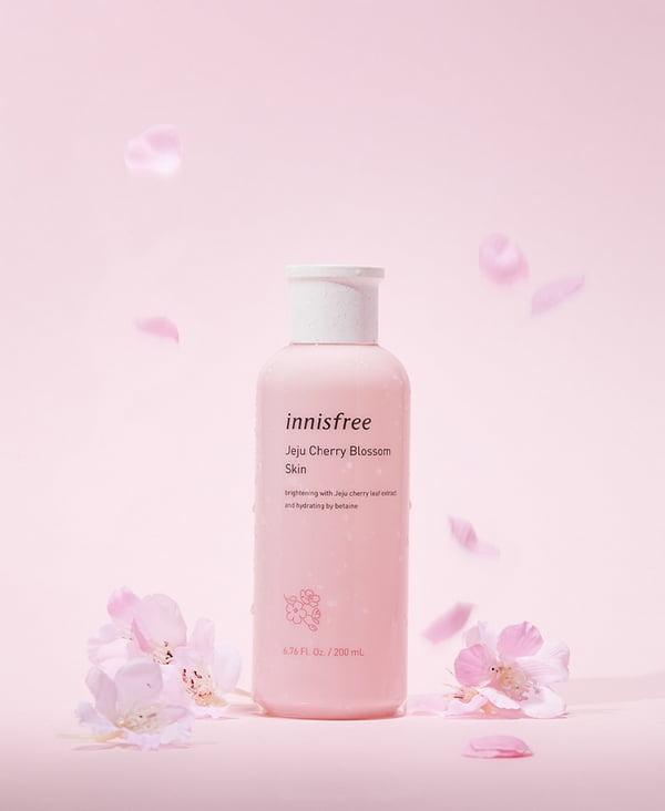 Nước Hoa Hồng Innisfree Jeju Cherry Blossom Skin 200ml