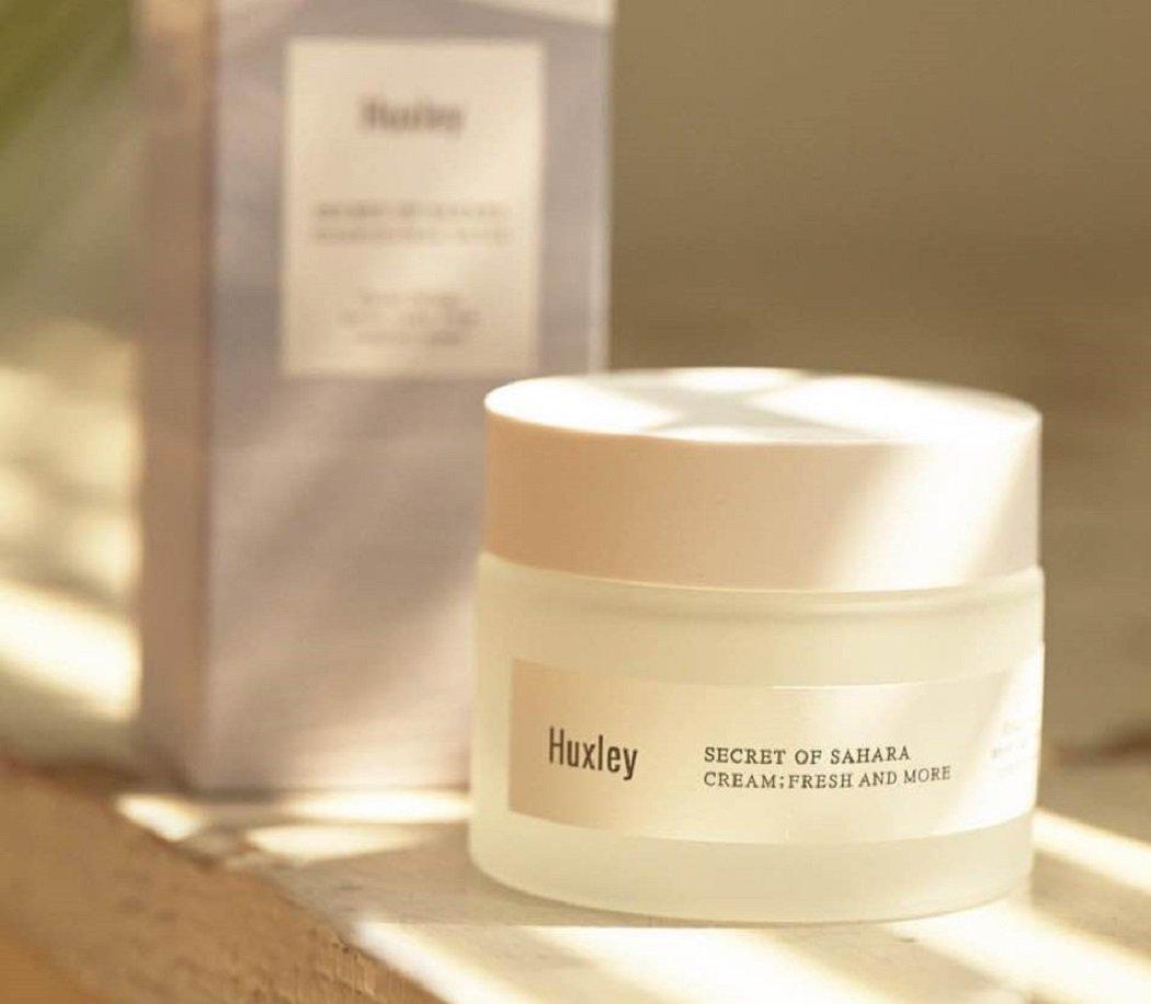 Kem dưỡng ẩm dạng gel Huxley Secret Of Sahara Fresh and More Cream