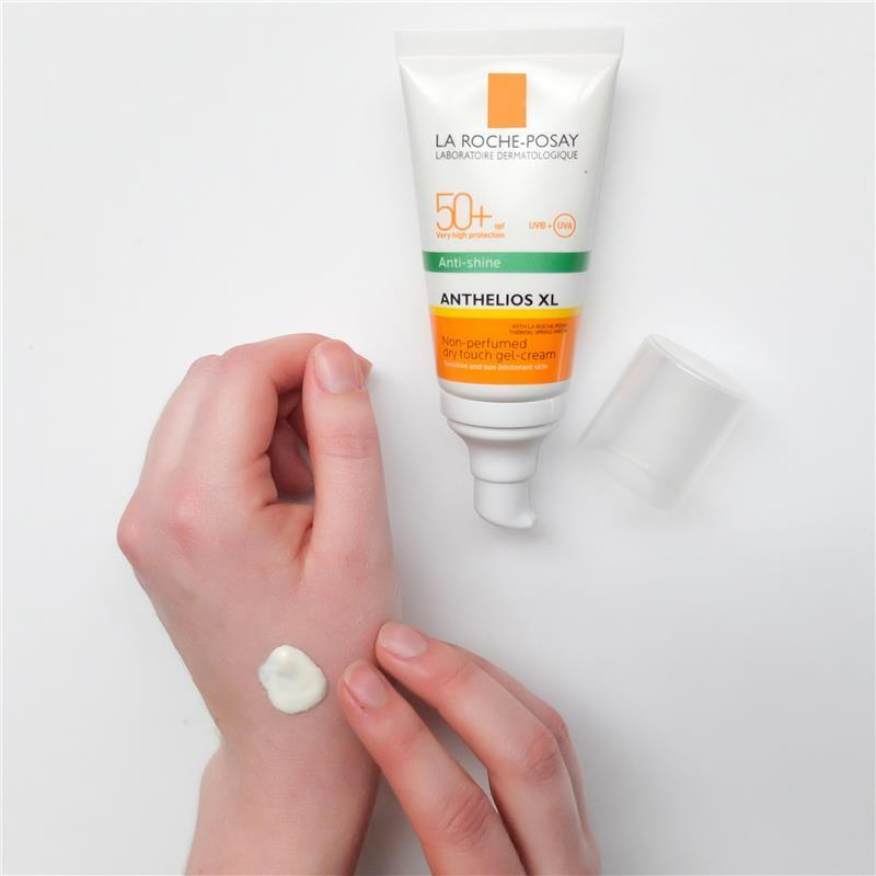 Chất kem của La Roche Posay Anthelios XL Anti-Shine Dry Touch Gel-Cream rất dễ khô. (nguồn: Internet)