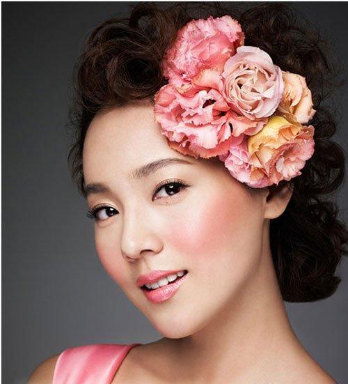 Innisfree Mineral Blusher duy trì sắc màu tươi tắn trên da, phù hợp với làn da của phụ nữ Châu Á (ảnh: internet).