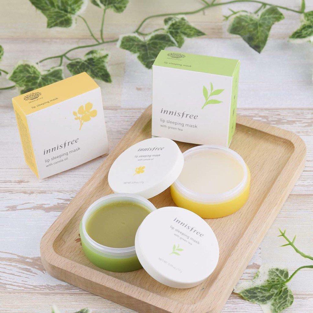 Mặt nạ ngủ môi chiết xuất trà xanh và dầu hạt cải Innisfree (Ảnh: BlogAnChoi)