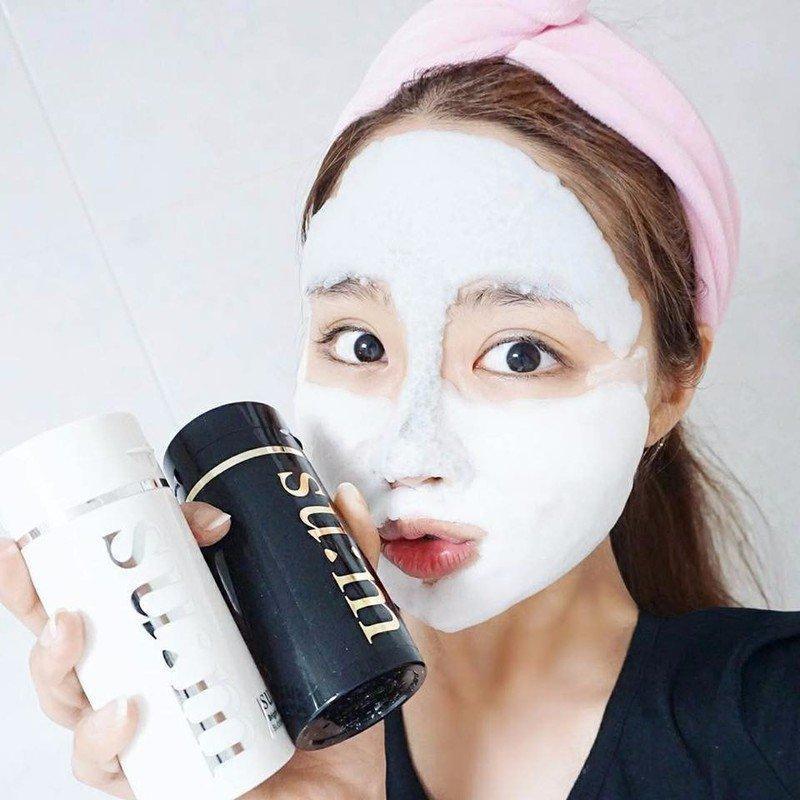 Mặt nạ thải độc sủi bọt với tác dụng dưỡng trắng, làm sạch chuyên sâu cho da (Ảnh: Internet)