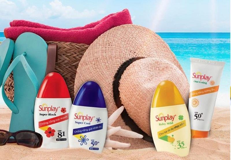 Các dòng kem chống nắng Sunplay đa dạng từ chỉ số chống nắng, độ nâng tông cùng mức giá thành bình dân phù hợp cho mọi đối tượng sử dụng. (Ảnh: BlogAnChoi)