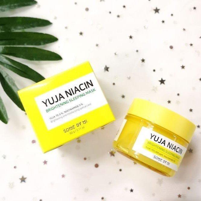 Với cách sử dụng vô cùng dễ dàng, an toàn, mặt nạ ngủ Some By Mi được nhiều nàng lựa chọn sử dụng chăm sóc da mặt lâu dài. ( Ảnh: Internet )