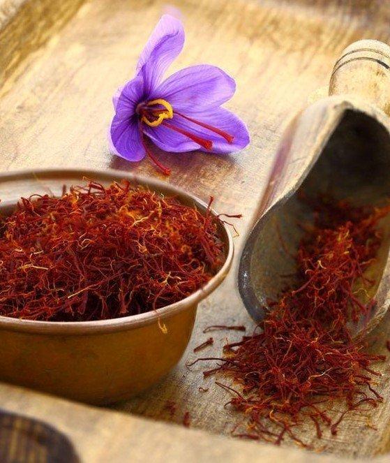 Saffron là thảo dược quý giá vì sở hữu nhiều công dụng tuyệt vời cho sức khỏe và làn da. (Nguồn: Internet)