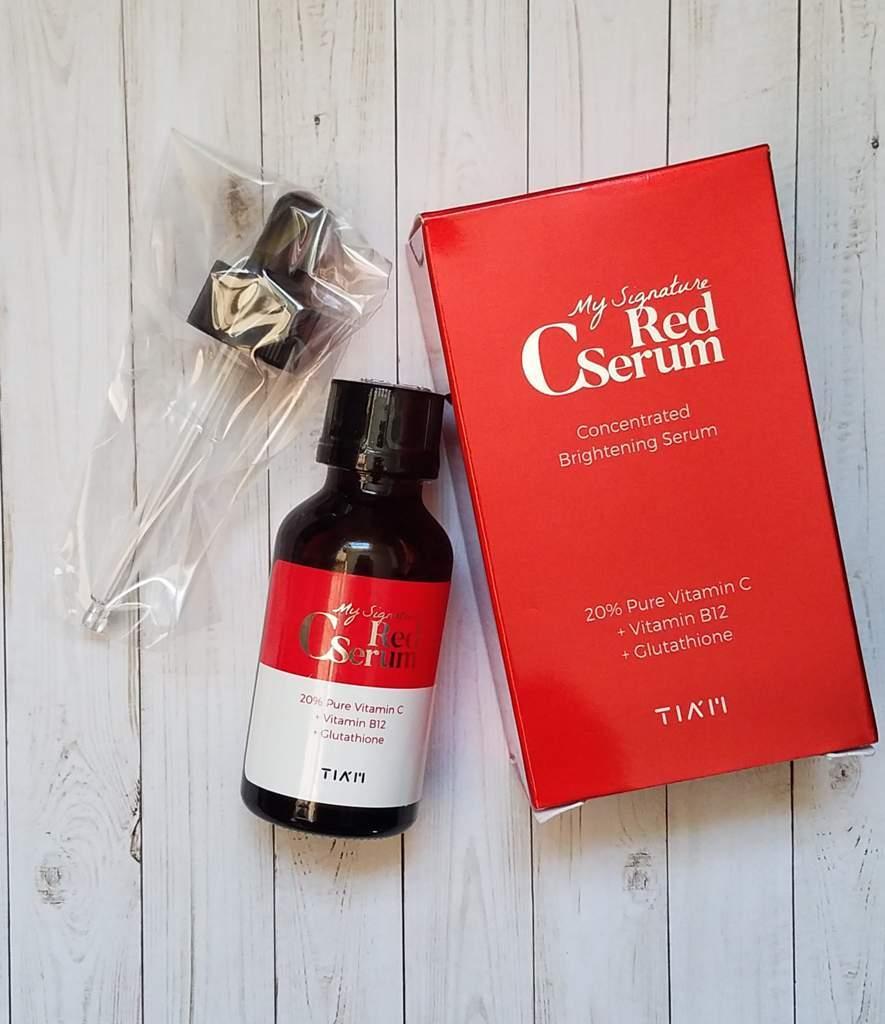 Tiam My Signature Red C Serum có thiết kế thủy tinh tối màu dễ bảo quản sản phẩm. (nguồn: Internet)