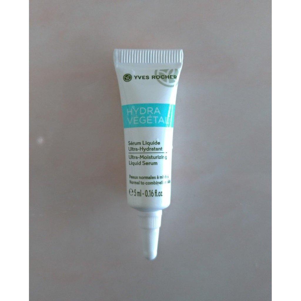 Thiết kế của Tinh chất cấp ẩm Yves Rocher Mini Ultra Moisturizing Liquid Serum 5ml nhỏ gọn, tiện lợi