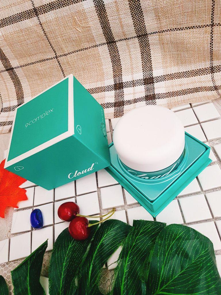 Kem Cloud 9 Whitening Cream không gây kích ứng với da nhạy cảm, không chứa cồn, dầu khoáng, paraben, phẩm màu (ảnh: internet).