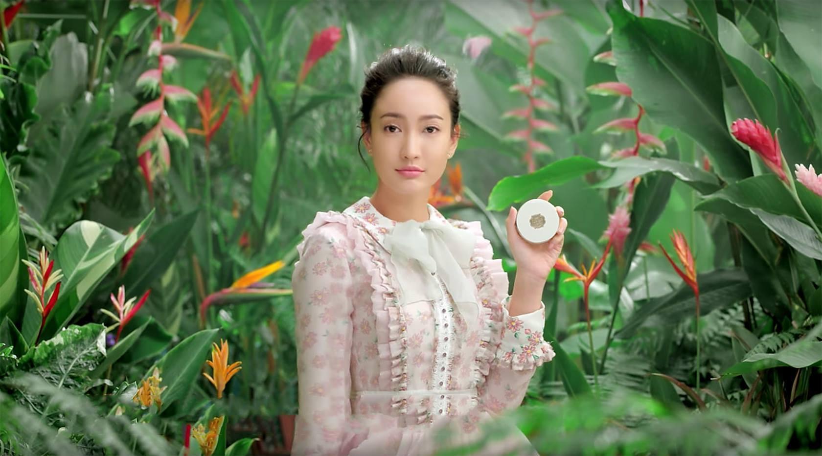 Vẻ đẹp tự tin, tỏa sáng mà các cô nàng có được nhờ sử dụng phấn nước Miracle Finish Oil Control Water Cushion SPF50+ PA+++ (ảnh: internet).