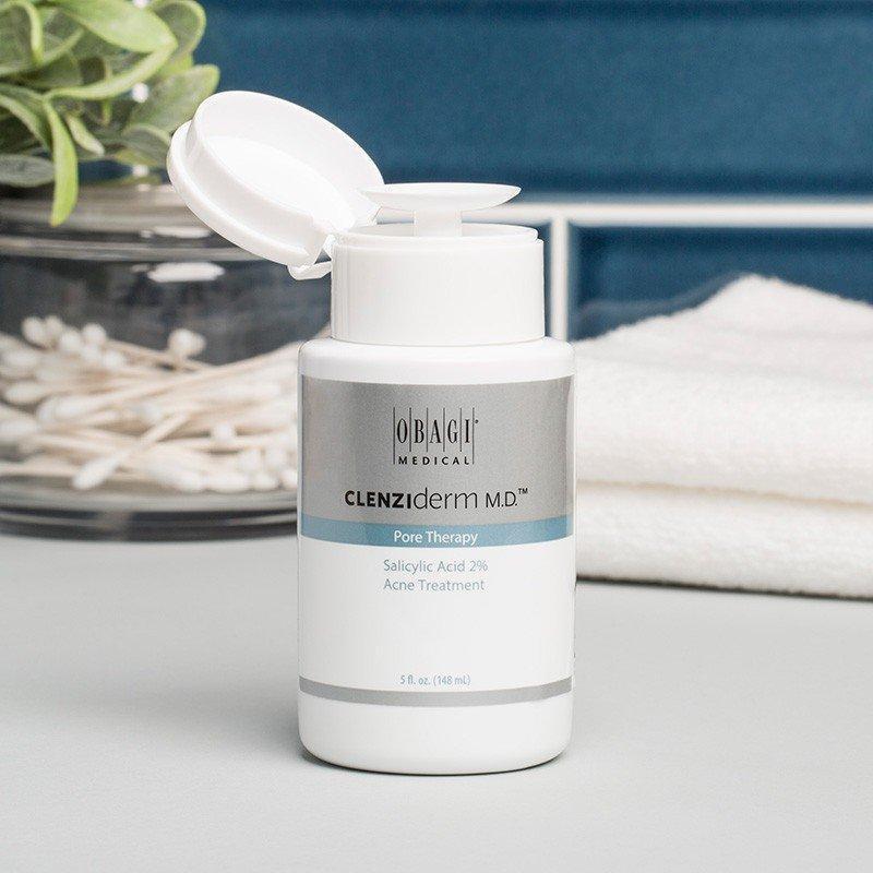 Obagi Clenziderm MD Pore Therapy có thiết kế đặc biệt giúp quá trình sử dụng vệ sinh hơn. (nguồn: Internet)