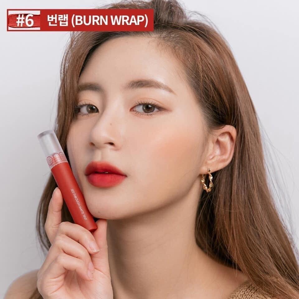 Burn Wrap kà sắc son đỏ nâu thuộc tone ấm, thích hợp với làn da châu Á. (nguồn: Internet)