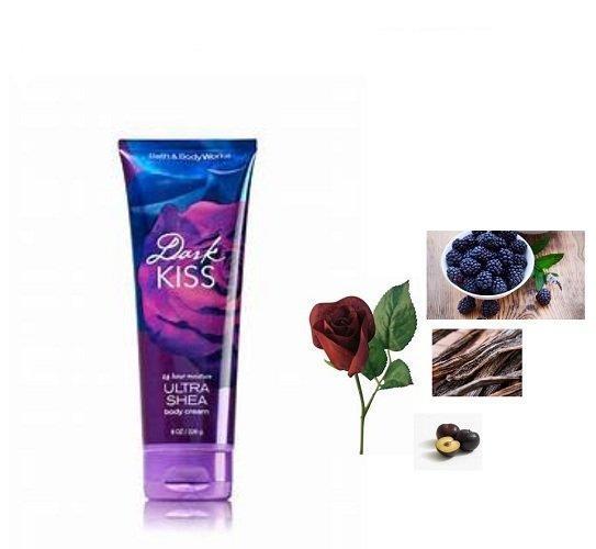 Những nốt hương chính như: quả mâm xôi đen, hoa hồng đỏ tía, hương cam bergamot, đậu vani đen, xạ hương mận tạo nên hương thơm ngọt ngào, quyến rũ của kem dưỡng thể Bath & Body Works Dark Kiss Ultra Shea Body Cream (ảnh: internet).