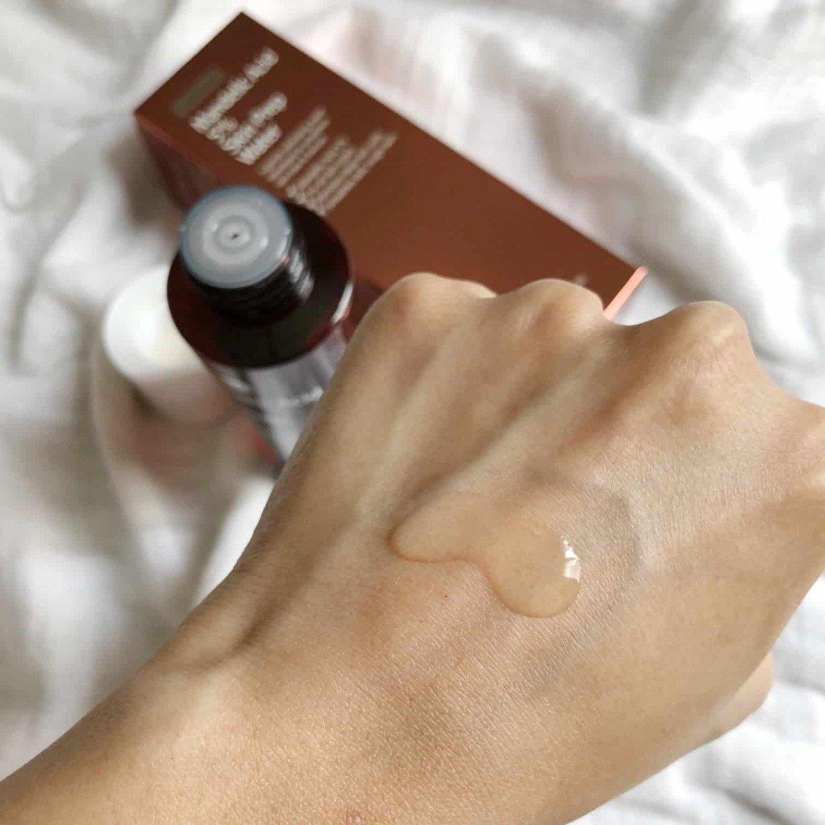 By Wishtrend Mandelic Acid 5% Skin Prep Water có kết cấu dạng lỏng, thấm nhanh trên da (Nguồn: Internet)