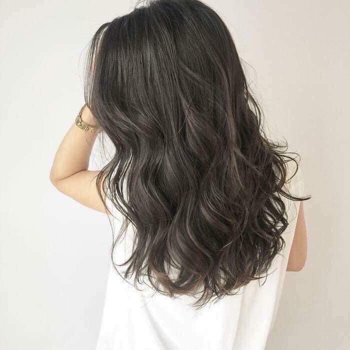 Cung cấp đủ dưỡng chất cần thiết sẽ giúp mái tóc chắc khỏe và mềm mượt (Nguồn: Internet)